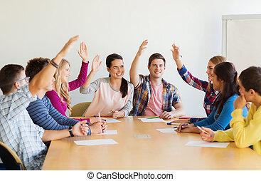 diákok, mosolygós, szavazás, csoport