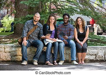 diákok, portré, egyetem egyetemváros, ülés