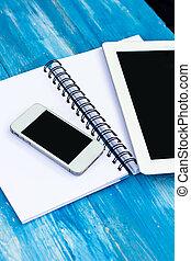 diário, telefone móvel, pc tabela