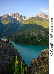 diablo, 湖, 水, によって, 岩, トルコ石