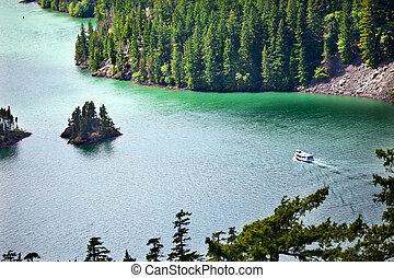 diablo, lago, barco, cascadas de norte national park, washington, noroeste pacífico