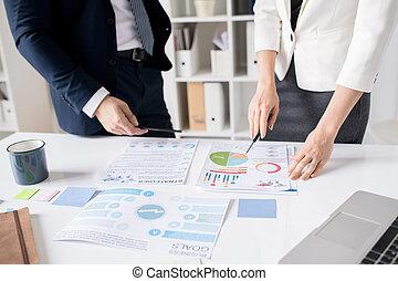 diagrama, peritos, analisando, negócio, junto