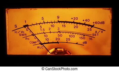 Dial gauge of the transceiver. - Dial indicator and signal...