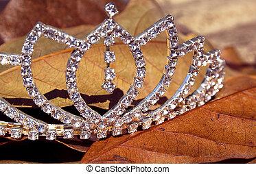 diamant, abgefallene blätter, bett, nachahmung, tiara