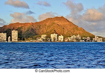 Diamond Head 6