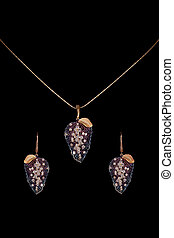 Diamond necklace with earrings