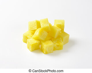 Diced pineapple - Pile of fresh pineapple cubes