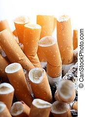 dichtbegroeid boven, sigaret