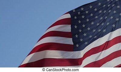 dichtbegroeid boven, van, amerikaanse vlag, waving.