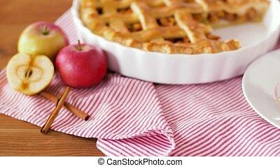 dichtbegroeid boven, van, appeltaart, met, ijs, op, schaaltje