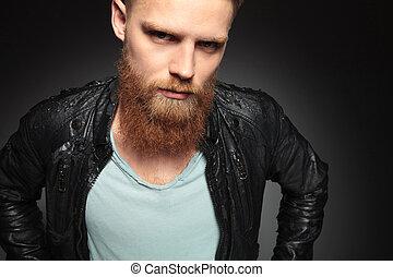 dichtbegroeid boven, van, jonge man, met, baard