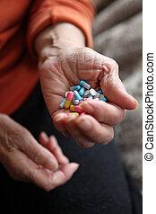 dichtbegroeid boven, van, oud, handen, met, tabletten