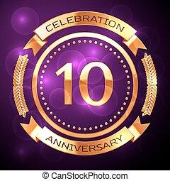 dieci, anni, celebrazione anniversario, con, dorato, anello, e, nastro, su, viola, fondo.