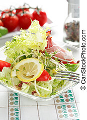 Small salad as a starter, low calorie