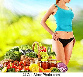 dieting., dieta equilibrada, basado, en, crudo, orgánico, vegetales