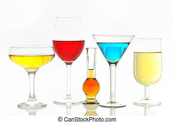 diferente, anteojos, con, bebidas alcohólicas