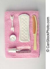 diferente, higiene pessoal, objetos, branco, e, cor-de-rosa, turco, toalha, fundo, vista superior