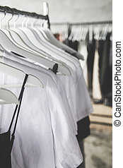 diferente, moda, madeira, escolha, cores, cabides, roupas