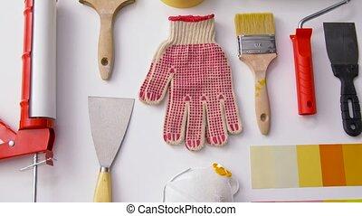 différent, fond, outils, peinture, travail, blanc
