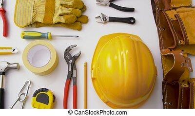 différent, fond, outils, travail, blanc