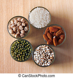 Different kinds of Grains