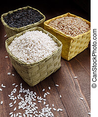 rice in baskets