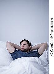 dificultad, se quedar dormido, teniendo, hombre