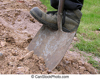 Dig 2 - Boot pushing spade into earth