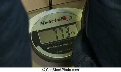 Digital weight data scale - Measuring weight on digital...
