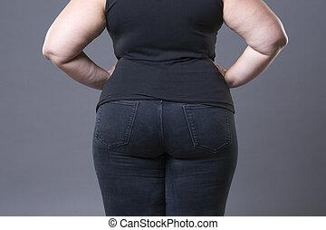 dik, vrouwlijk, zitvlak, in, spijkerbroek, overgewicht vrouw, lichaam, closeup