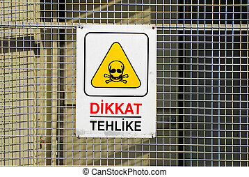 Dikkat Tehlike