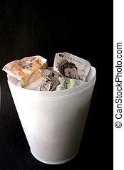 dinero, basura