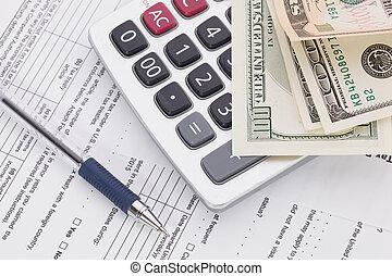dinheiro, e, caneta, com, calculadora, ligado, forma imposto, fundo