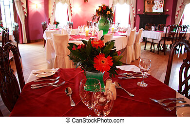 dining out 17 - a romantic setting for a lovely meal out