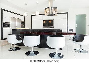 Dining room in residence - Big modern dining room in luxury...