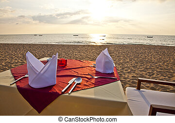 dinner at the beach
