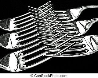 Dinner Forks - Six criss-crossed silver plated dinner forks