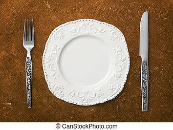 Dinner plate setting