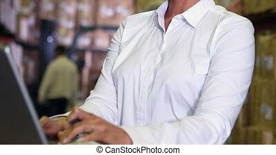 directeur, fonctionnement, ordinateur portable, entrepôt