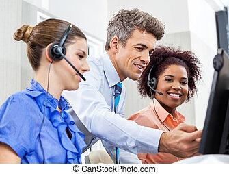 directeur, het verklaren, werknemers, calldesk