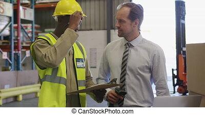 directeur, mâle, chargement, baie, 4k, ouvrier, entrepôt