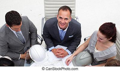 directeur, sourire, réunion, architecte