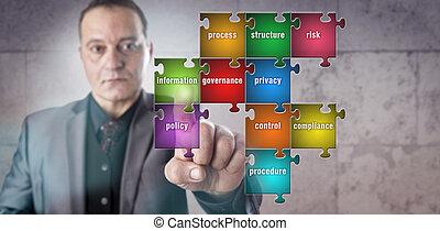 directeur, toucher, information, morceau, dans, puzzle
