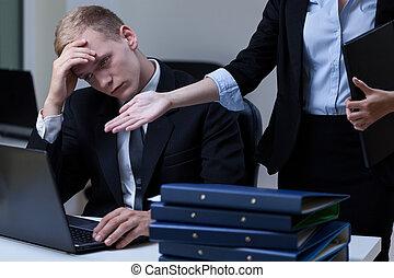 Director criticizing employee - Female director criticizing...