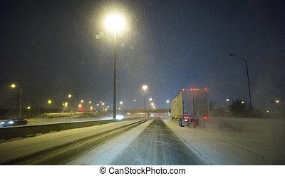dirigindo, um, gelado, inverno, estrada