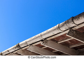 Dirty Gutters and Roof Trusses in need of Maintenance - ...