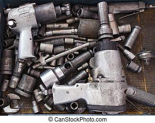Dirty tools set