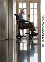 disabled, senior mand, siddende, ind, wheelchair