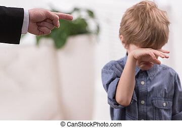 disciplina, ragazzo, birichino, padre, isolato, son., severo, pulire, pianto, fondo, bianco