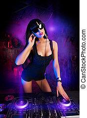 disco DJ girl